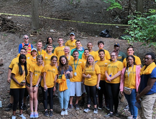 """Saturday of Service"" August 24, 2019 on behalf of REACH Advocacy Inc.  About 25 Brockport incoming freshmen students plus 4 REACH volunteers participated"